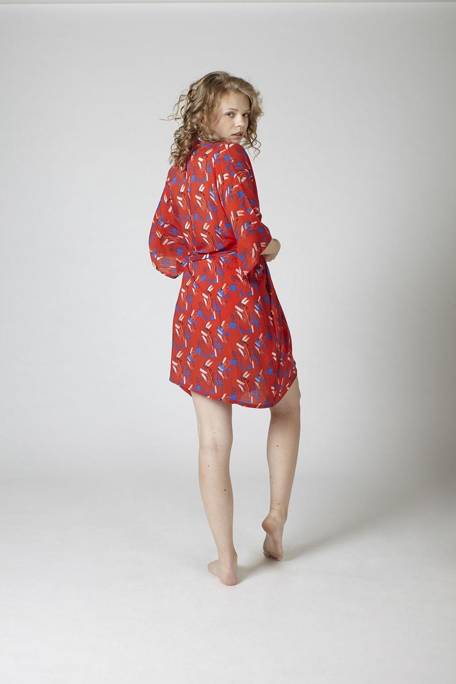MARGARET AND HERMIONE_Kimono_hands_hinten_EUR 160,00
