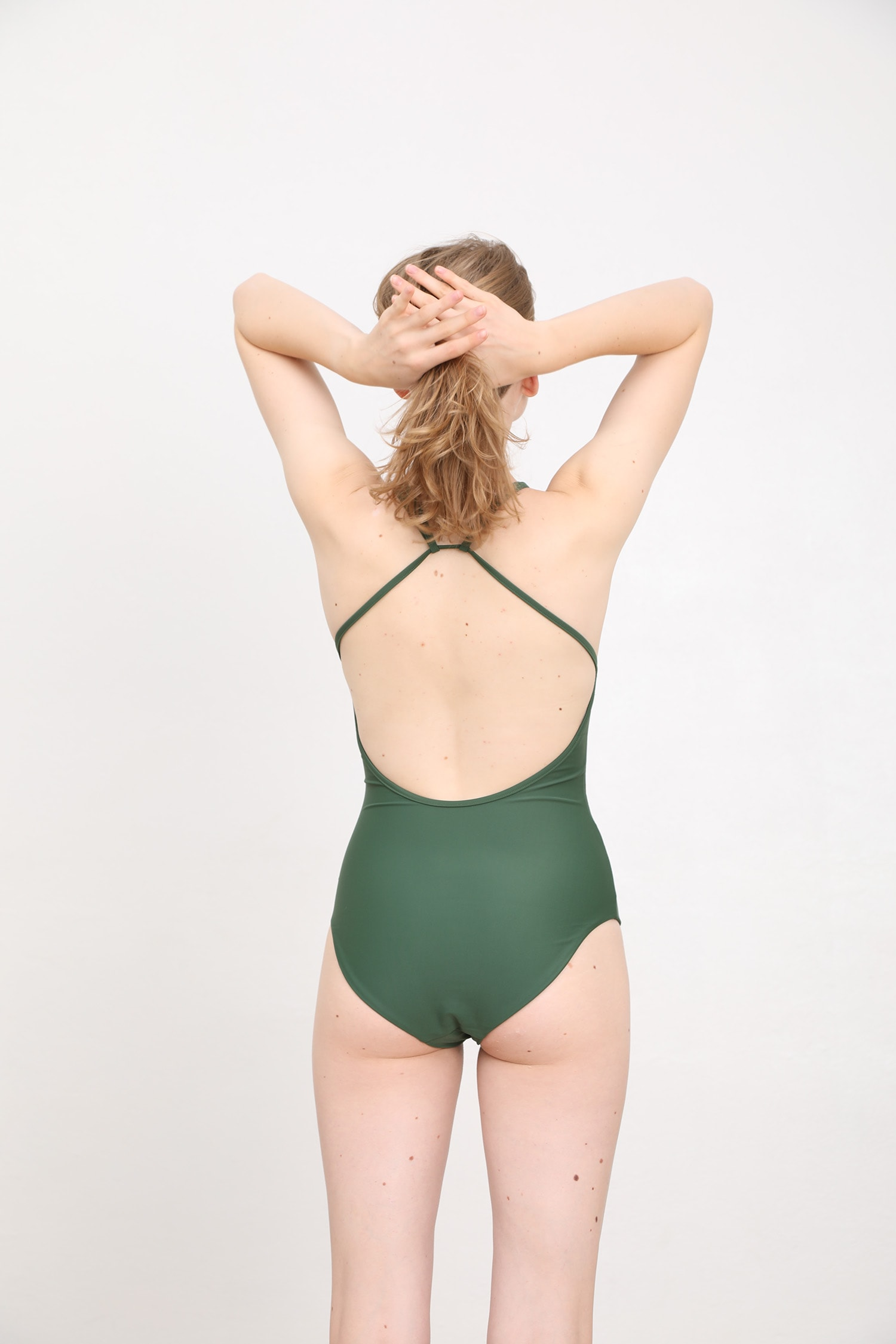 margaret and hermione_ss19_swimsuit no2_dark green_154,00eur_hinten_online